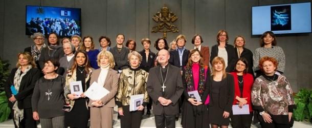 Papa cria comissão de mulheres no Vaticano